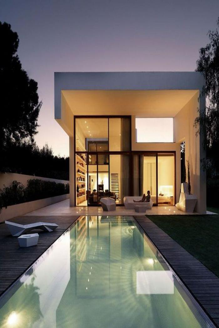 piscine-à-débordement-belle-maison-modulaire