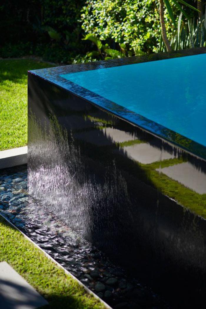 La piscine d bordement belles piscines de luxe - Piscine hors sol a debordement ...