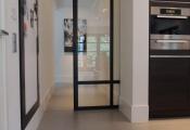 La porte coulissante en verre – gain d'espace et esthétique moderne