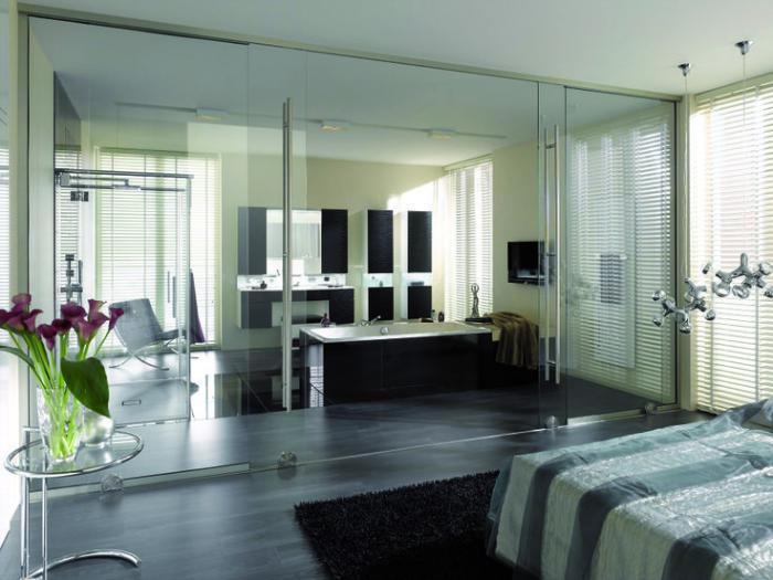 La porte coulissante en verre gain d 39 espace et esth tique moderne - Porte coulissante salle de bain verre ...