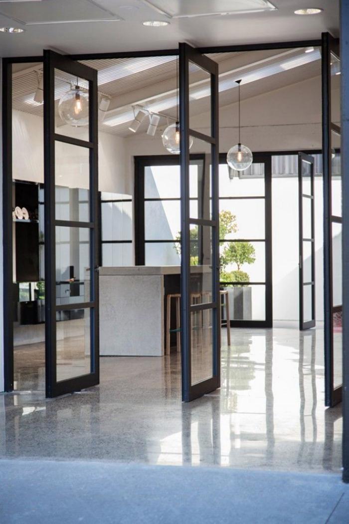 Salle De Bain Decoration Orientale : porte coulissante en verre, cloison vitrée amovible pour l'intérieur