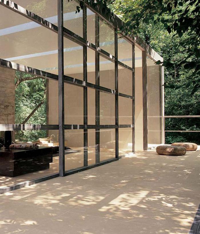 la porte coulissante en verre gain d 39 espace et. Black Bedroom Furniture Sets. Home Design Ideas