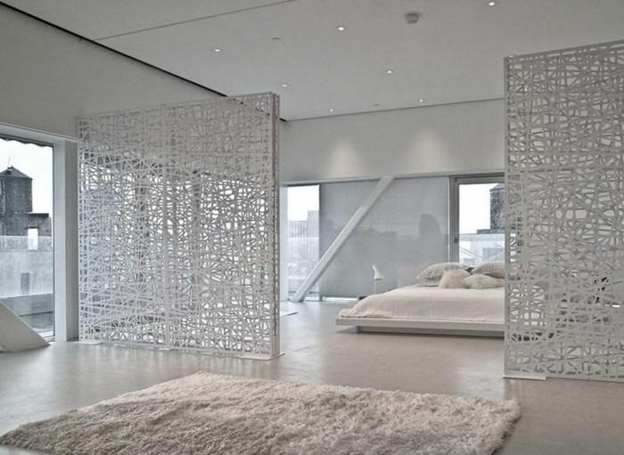 portes-placard-persiennes-en-bois-de-couleur-blanc-pour-la-chambre-a-coucher-beige-blanc