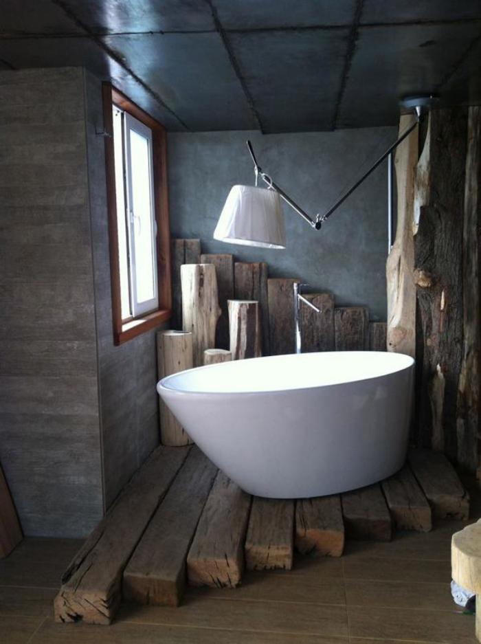 La poutre en bois comment l 39 incorporer dans l 39 int rieur - Echelle salle de bain en bois ...