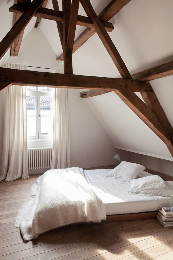 poutres-apparentes-chambre-à-coucher