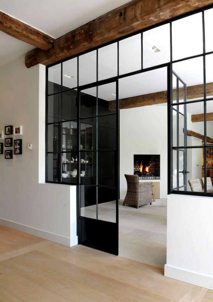 poutres-apparentes-intérieur-fantastique-avec-cheminée