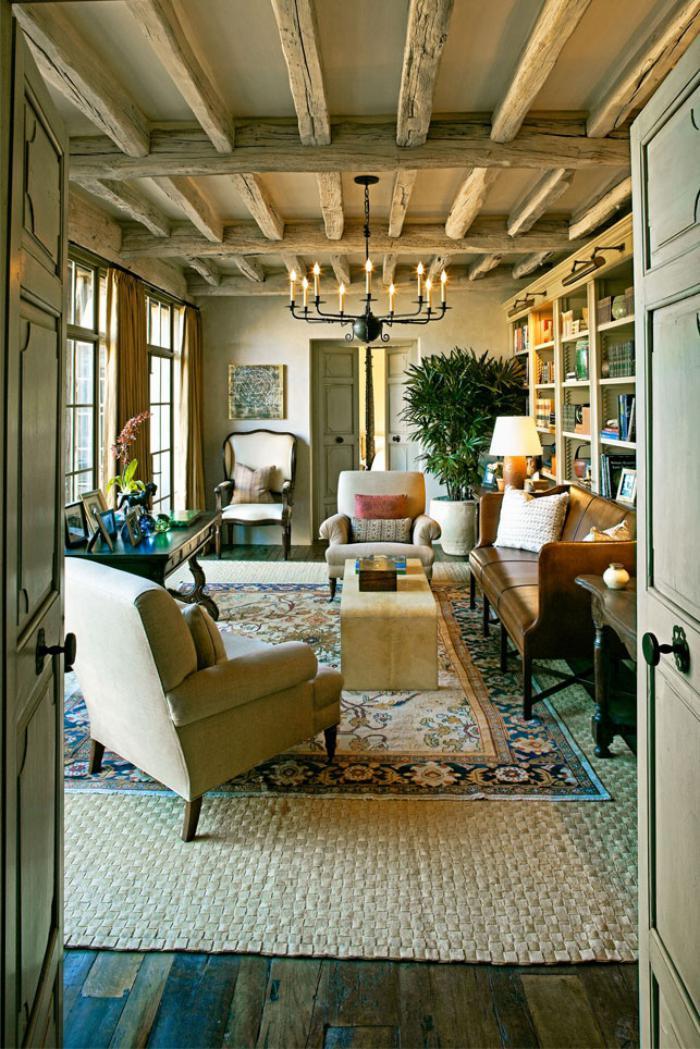 poutres-apparentes-joli-intérieur-traditionnel
