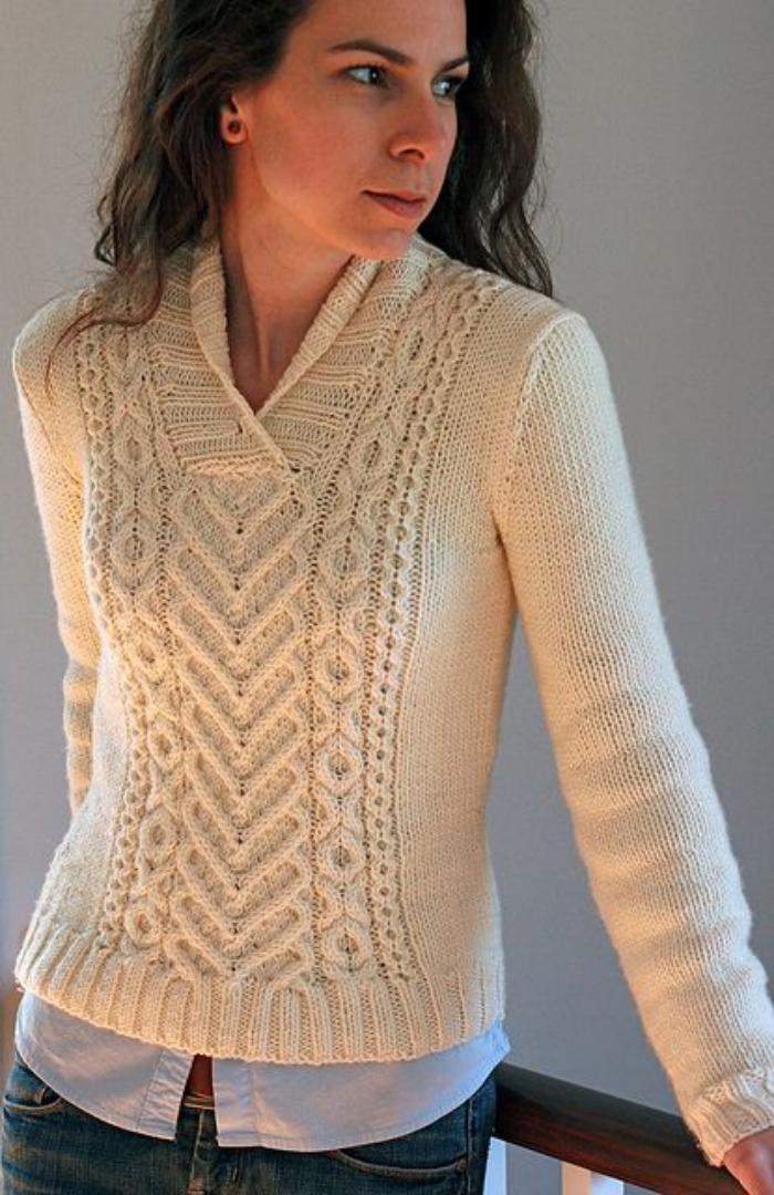 pull-irlandais-femme-couleur-crème