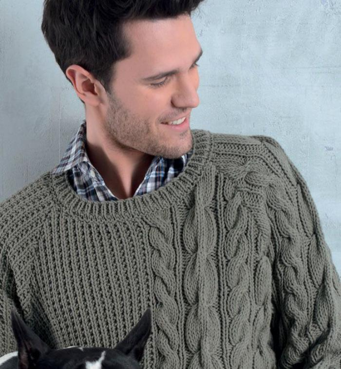 pull-irlandais-homme-couleur-grise-outfits-classiques