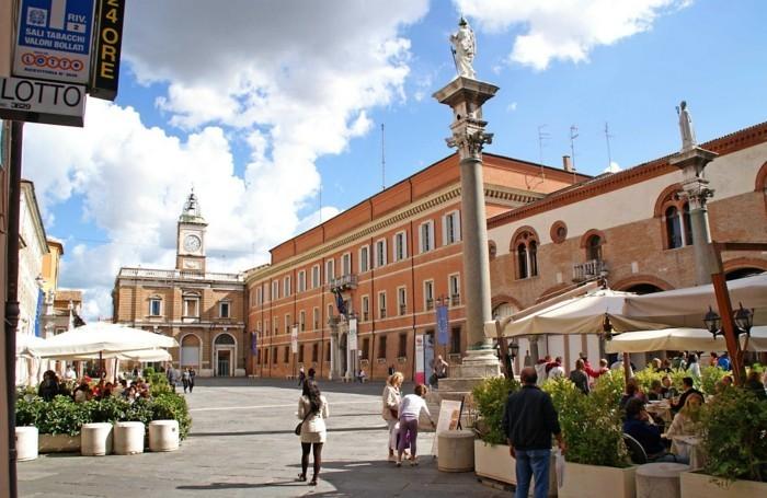 ravenne-Plaza-del-Popolo-ravena-beauté