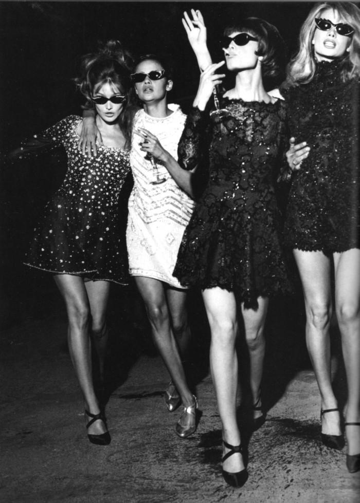 robes-de-cocktail-de-notre-passé-robe-de-cocktail-pas-cher-courte-vintage