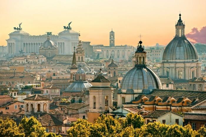 rome-beauté-une-des-plus-belles-villes-du-monde-avec-grande-histoire-resized