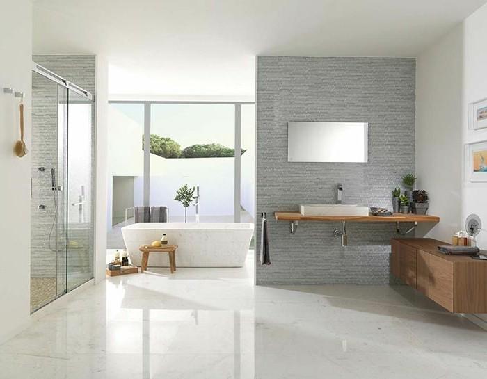 41 photos qui vont vous pr senter le carrelage brillant for Carrelage salle de bain grand format