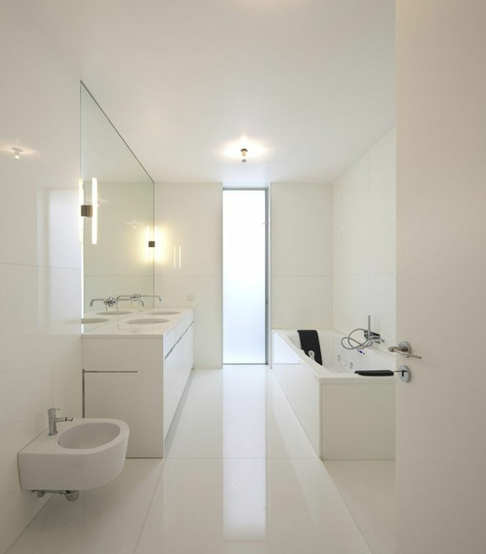41 photos qui vont vous pr senter le carrelage brillant - Carrelage blanc brillant salle de bain ...