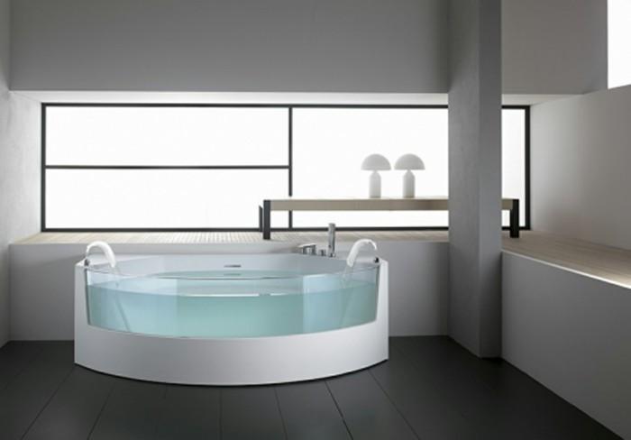salle-de-bain-contemporaine-baignoire-design-contemporaine-idée-moderne-salle-de-bains