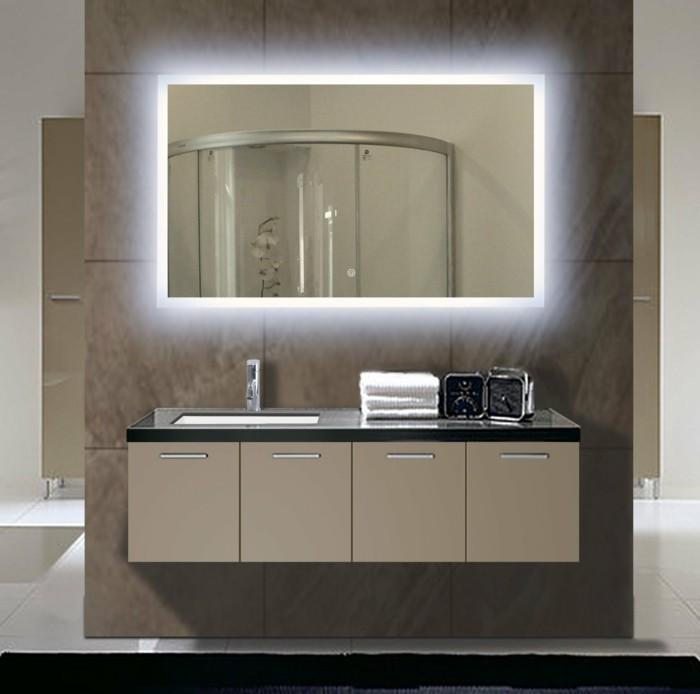 Mille et une id es pour choisir le meilleur miroir lumineux for Miroir 3 volets salle de bain