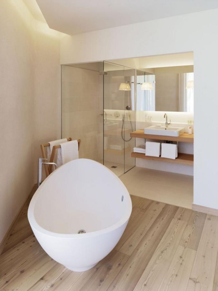 salle-de-bain-de-reve-déco-blanc-et-bois-clair