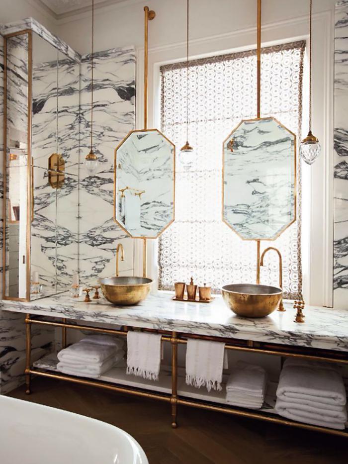 salle-de-bain-de-reve-déco-marbre-et-couleur-or