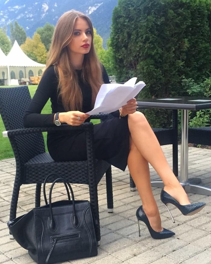 e2c68c48e349 Escarpins noirs - les meilleurs modèles et idées de tenue! - Archzine.fr