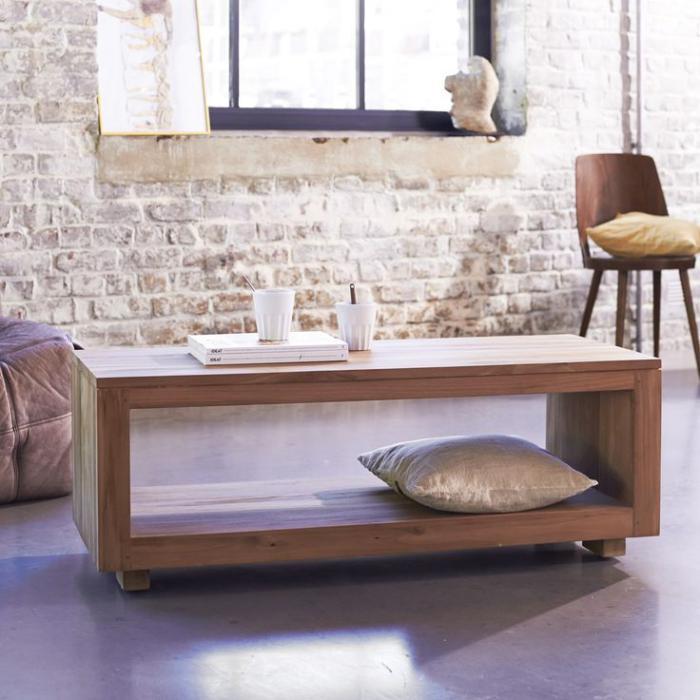 table-en-teck-design-original-mur-en-briques