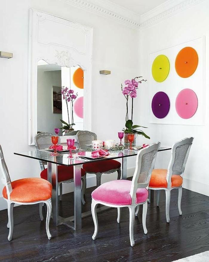 table-en-verre-sol-en-parquet-noir-decoration-murale-et sol-en-bois-noir-table-en-verre