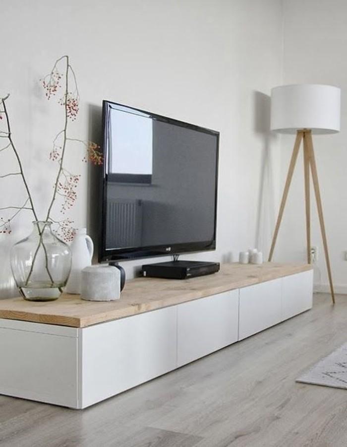 tv-et-tout-pour-le-salon-en-blanc-simple