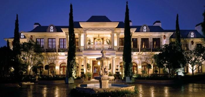 villa-moderne-la-plus-belle-villa-du-monde-contemporaine-classique