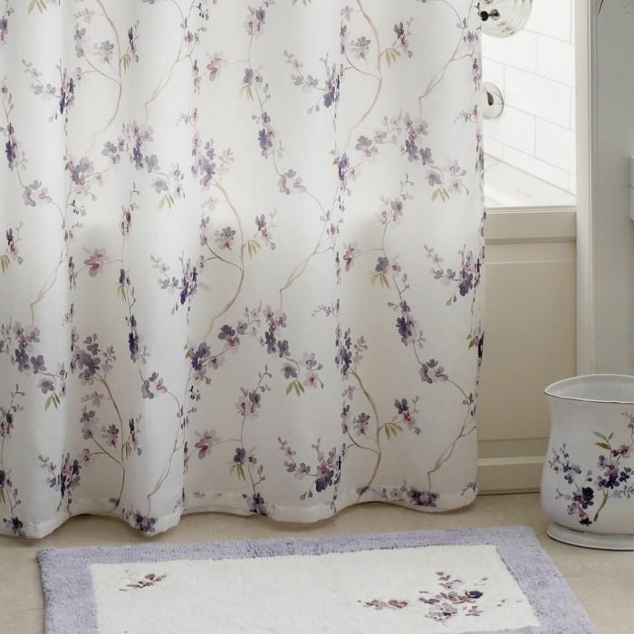 votre-tapis-pour-salle-de-bain-tapis-bambou-ikea-tapis-brosse-en-violet