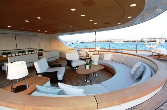 0-bateau-yot-de-luxe-yot-luxe-yaute-bateau-exterieur-bar-terrasse-de-bateau