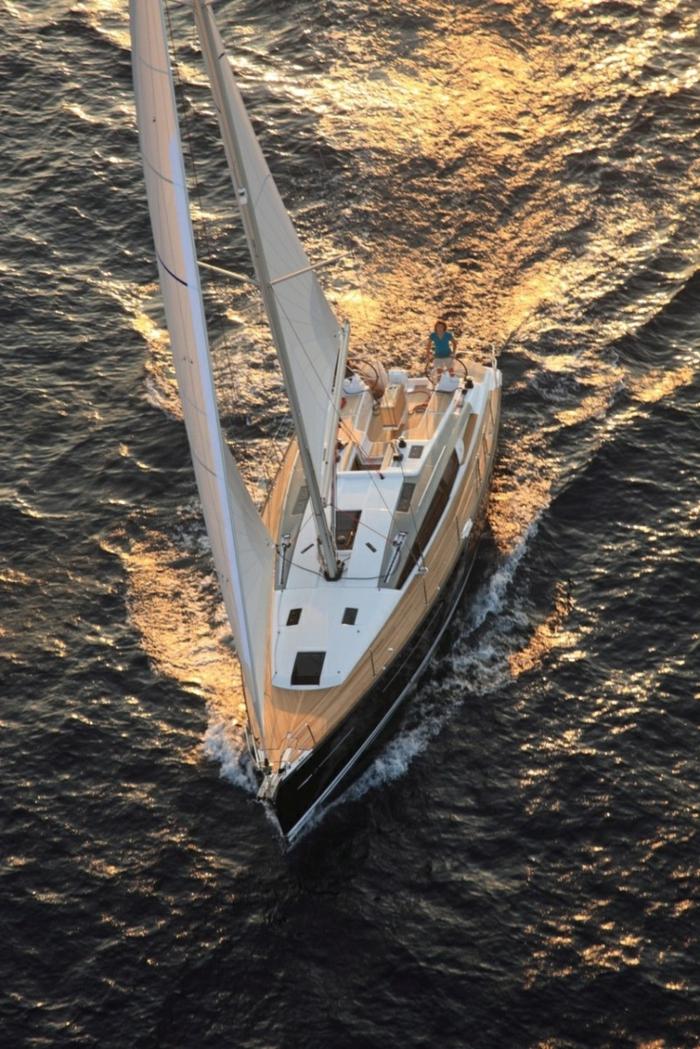 0-bateau-yot-le-ponant-voilier-exterieur-de-lexe-de-votre-bateau-yot-le-ponant-voilier