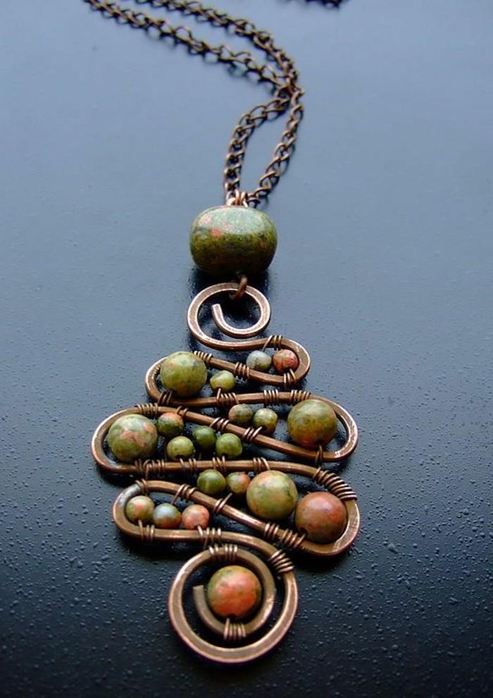 0-bijou-artisanal-creer-ses-bijoux-collier-a-faire-soi-meme-bijou-artisiel-diy