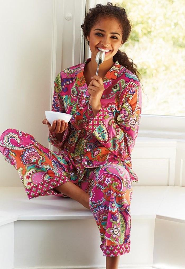 les meilleures variantes de pyjama femme en photos. Black Bedroom Furniture Sets. Home Design Ideas