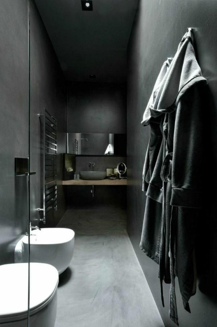 La beaut de la salle de bain noire en 44 images - Quel sol pour une salle de bain ...