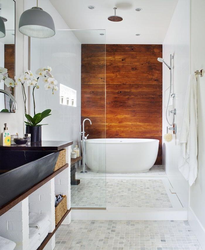 Relooker une salle de bain 42 id es en photos for Elle maison salle de bain