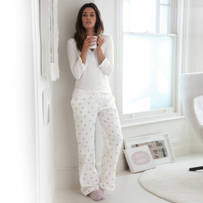 0-pyjama-femme-etam-pyjama-pilou-pilou-de-couleur-blanc-pyjama-pilou-pilou