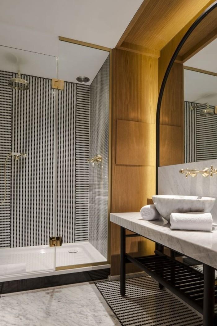 Relooker une salle de bain 42 id es en photos for Pose de faience dans une salle de bain
