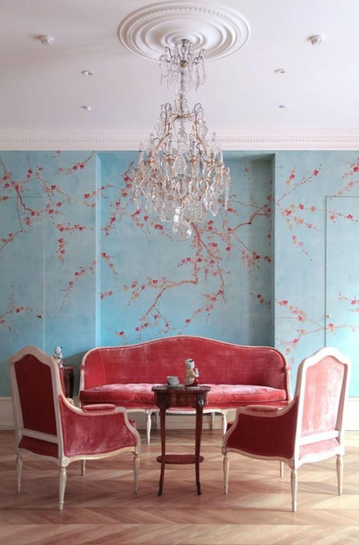 0-salon-baroque-avec-chaise-roses-rouges-sol-en-parquet-clair-meubles-roses
