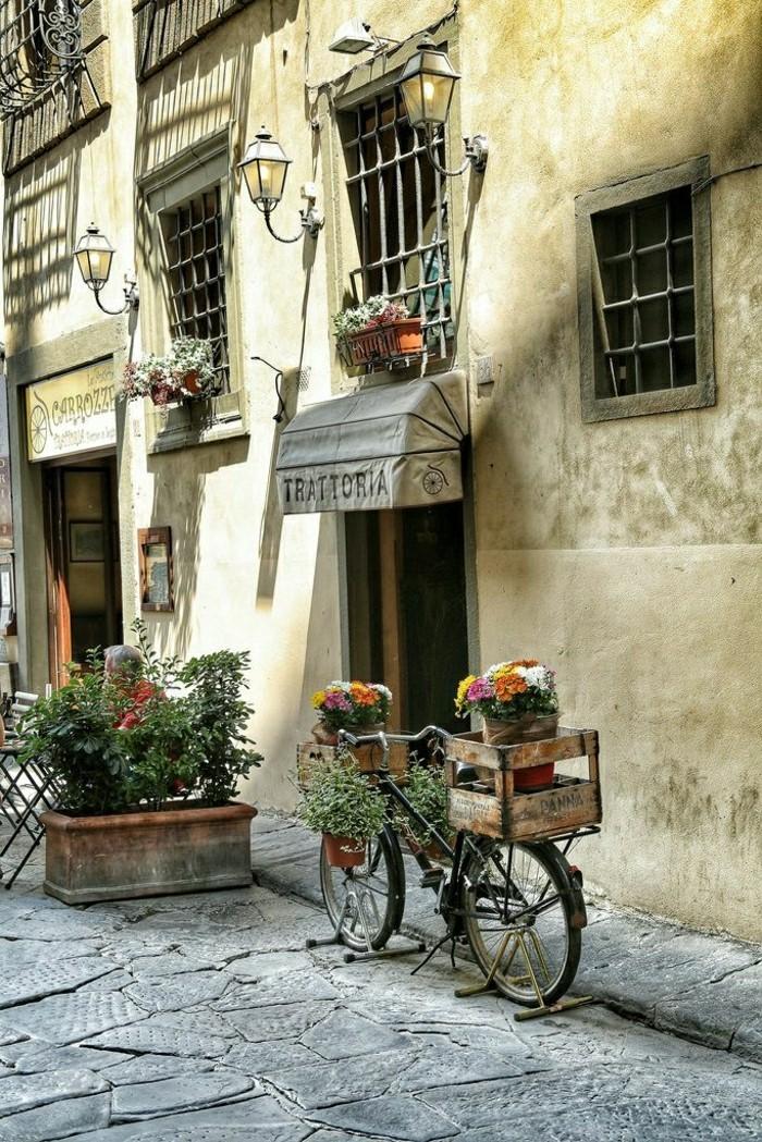 00-agritourisme-toscane-rue-italien-fleurs-sur-les-rues-agritourisme-toscane-italie