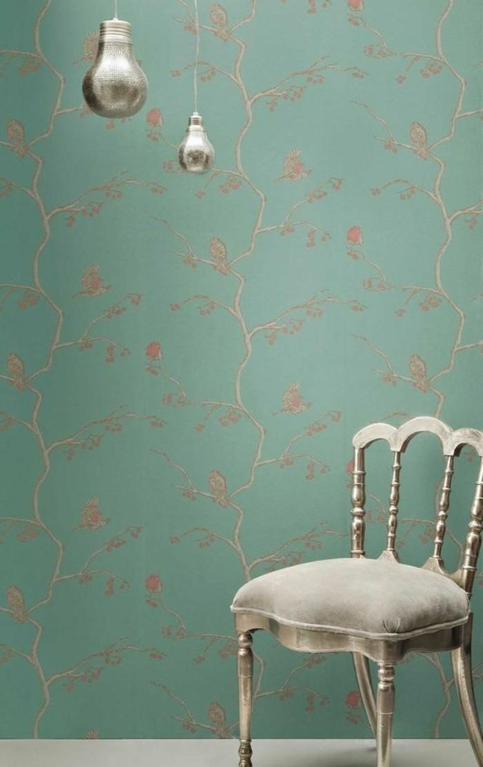 00-chantemur-papier-peint-de-couleur-bleu-clair-avec-motifs-beiges