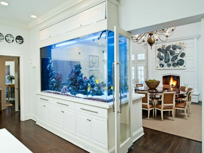 L aquarium mural en 41 images inspirantes for Aquarium interieur