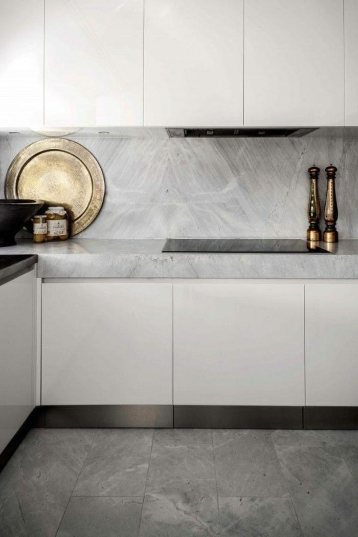 00-jolie-cuisine-en-mabre-blanc-et-sol-en-marbre-gris-carrelage-en-marbre-gris