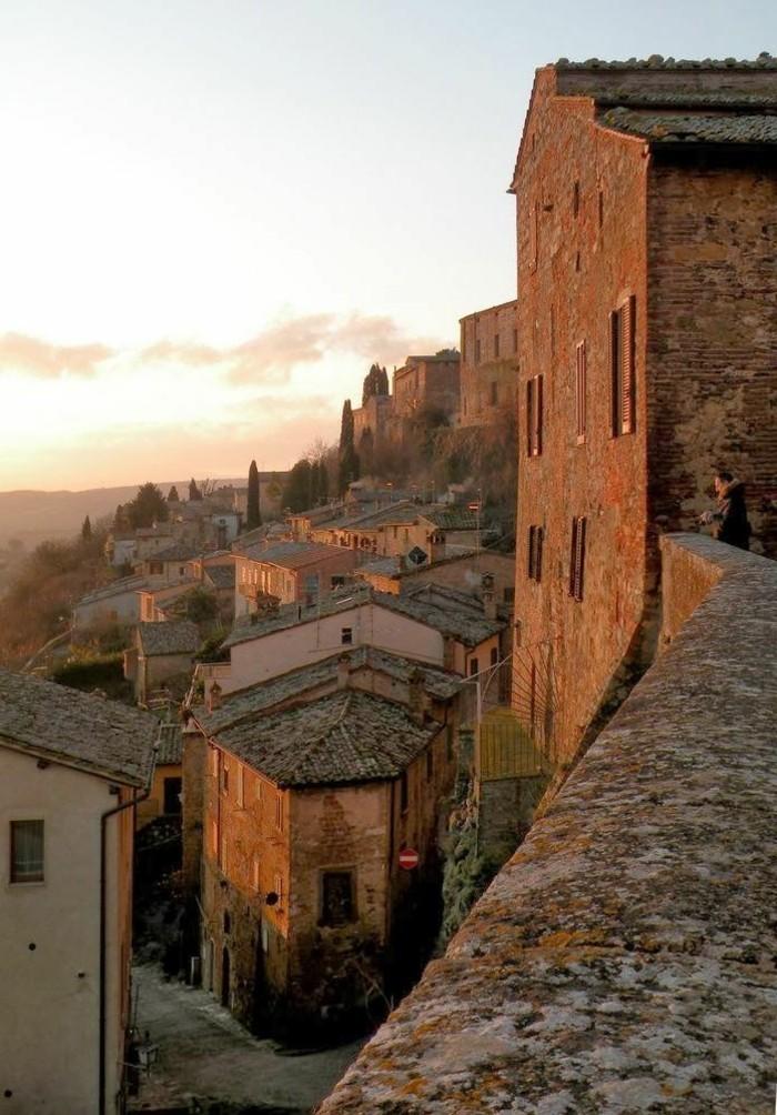 00-montepulciano-italie-tourisme-toscane-italie-ou-aller-en-italie