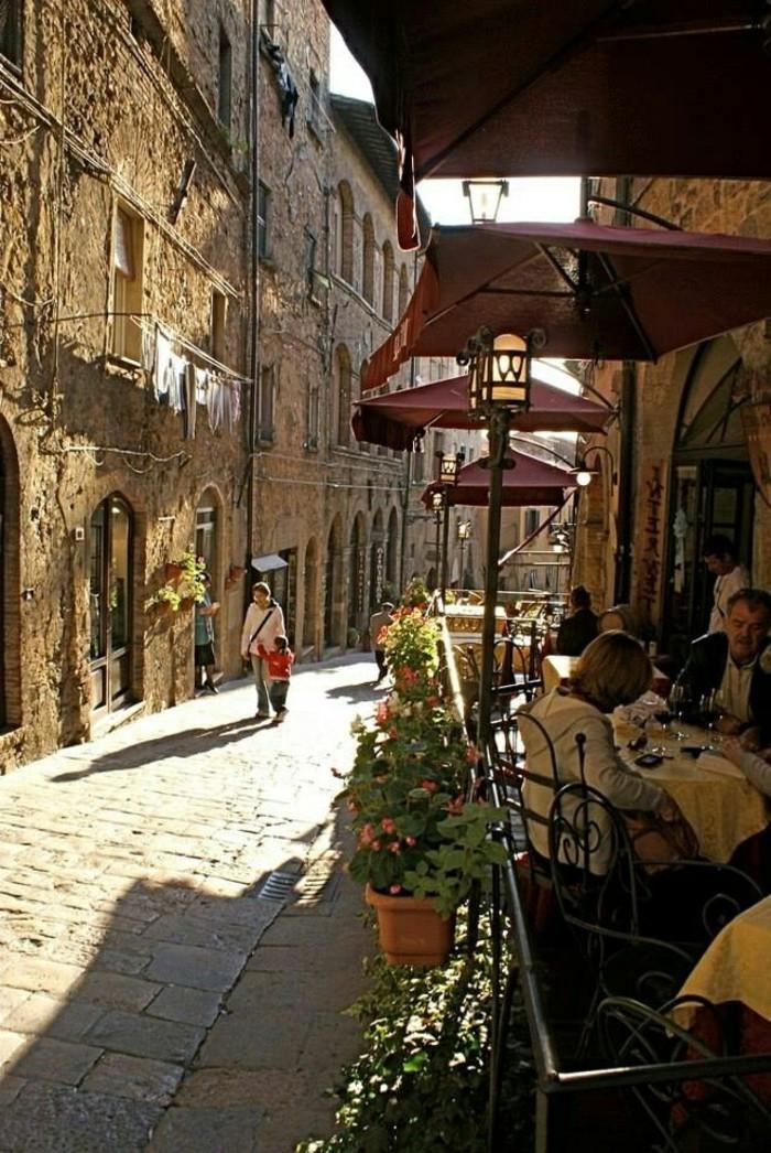 00-séjour-en-toscane-les-rues-italiennes-les-maisons-italiennes-italie