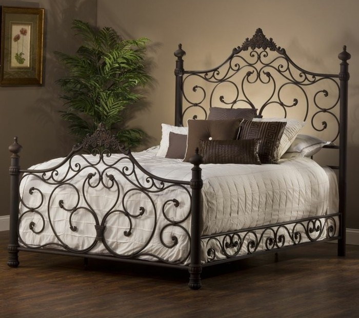 lit romantique blanc maison design. Black Bedroom Furniture Sets. Home Design Ideas