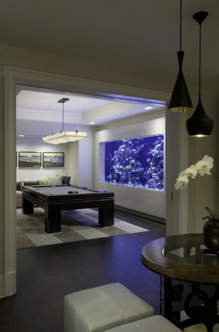 L aquarium mural en 41 images inspirantes for Salon sejour moderne