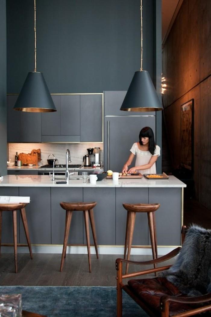 repeindre une cuisine en bois fonc. Black Bedroom Furniture Sets. Home Design Ideas