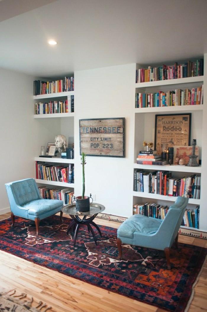 2-1-salon-avec-fauteuil-cabriolet-fauteuil-crapaud-pas-cher-en-cuir-bleu-tapis-coloré