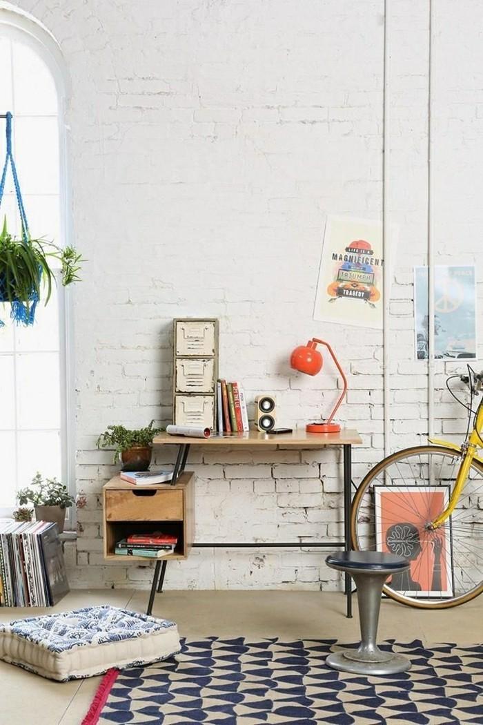 2-art-office-space-avec-lampe-de-chevet-fly-ikea-lampe-de-chevet-orange