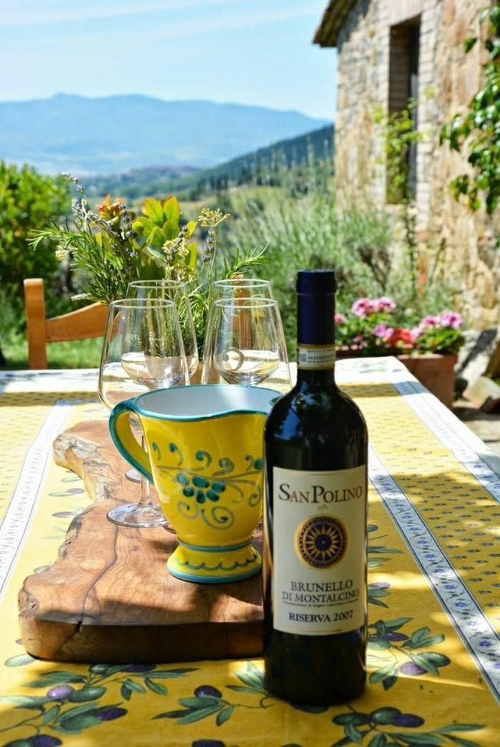 2-le-vin-de-toscane-san-polino-italie-location-toscane-les-belles-villes-d-italie