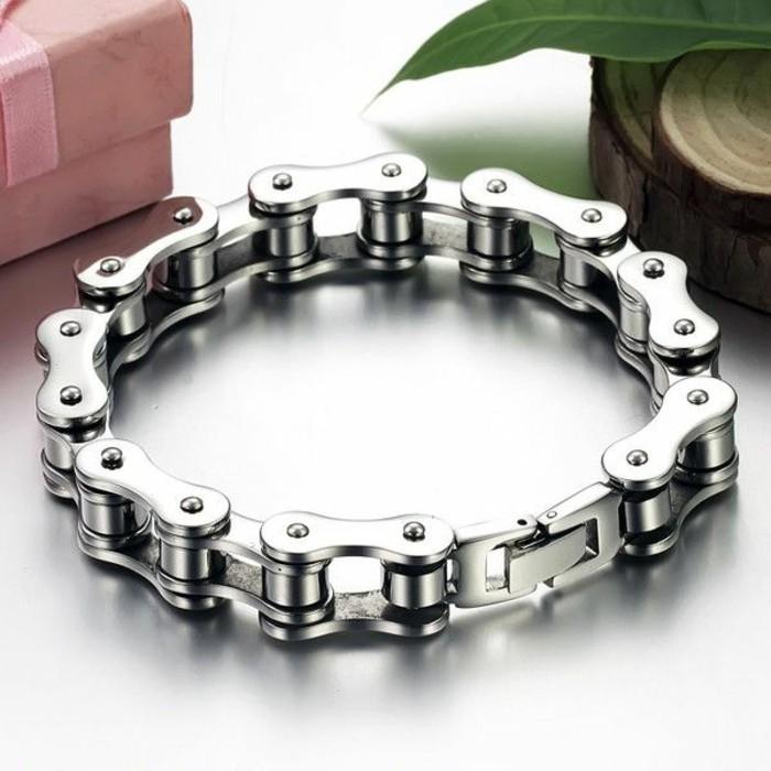 Bracelet-homme-acier-cuir-luxe-homme-bracelet-resized